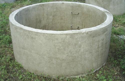 Железобетонные кольца повсеместно используются для строительства колодцев
