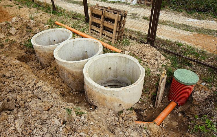 Внешний вид канализации из бетонных колец