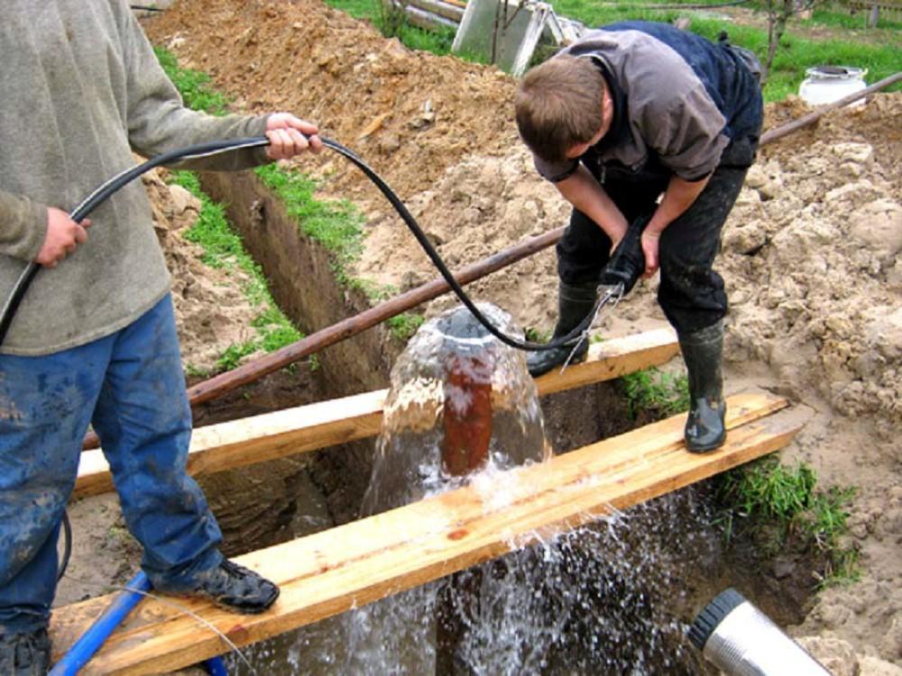 Особенности профессионального бурения скважин на воду